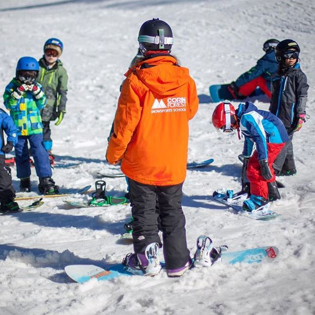 Picture of Child 8-12 Years Snowboard School Package